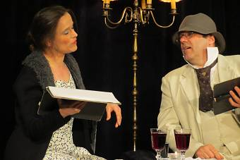 Rheinsberg. Gastspiel des Theaters Sinn und Ton mit dem Stück Rheinsberg von Kurt Tucholsky. Regie Christine Marx, mit Klaus Nothnagel, im Tschechow-Theater am 12.5.2012
